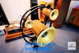 Chinh phục đỉnh cao âm thanh với loa toàn dải thùng kèn trước bằng gỗ sồi